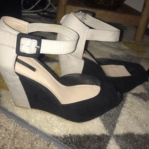 Forever 21 color block strap wedges